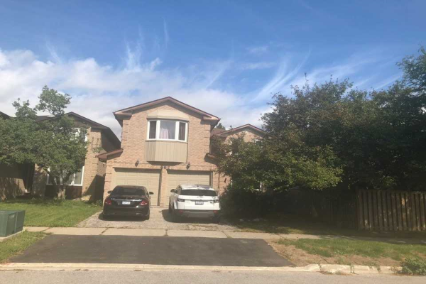 662 York Hill Blvd, Vaughan