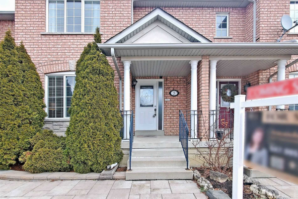 5 Castle Park Blvd, Vaughan