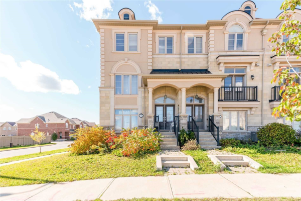 70 Grand Trunk Ave, Vaughan