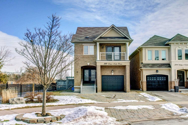389 Lady Nadia Dr, Vaughan