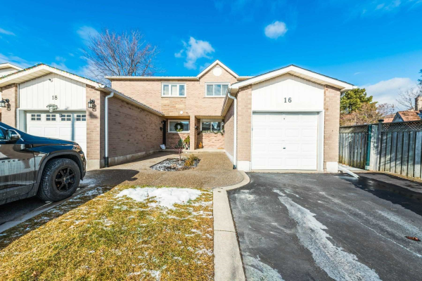 16 Brougham Dr, Vaughan