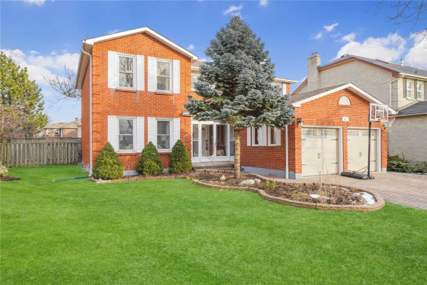 22 Lilley Crt, Richmond Hill