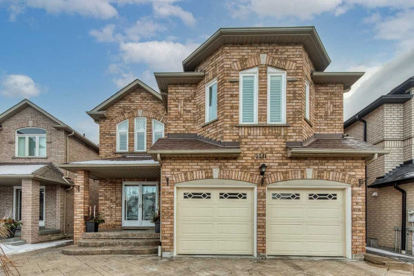 2211 Old Rutherford Rd, Vaughan