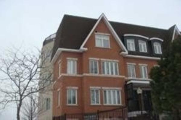 306 John St, Markham