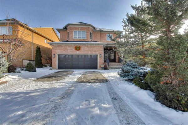 85 Lio Ave, Vaughan