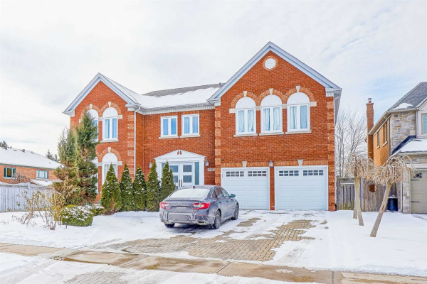 138 Strathearn Ave, Richmond Hill