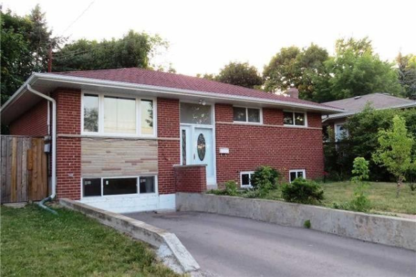 228 Jacey Anne Dr, Richmond Hill
