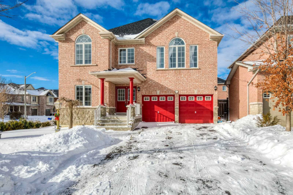 75 Holly Dr, Richmond Hill