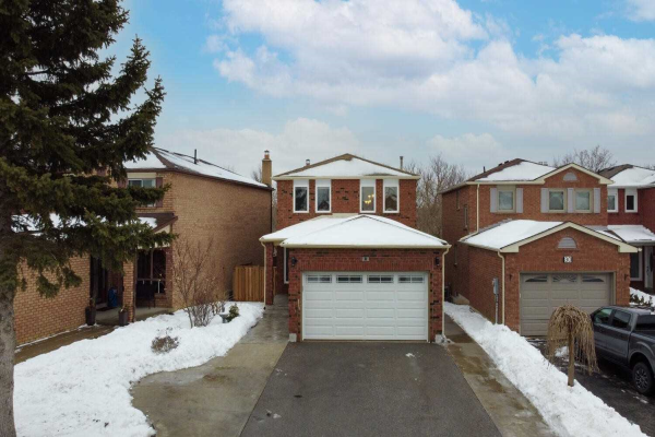 34 Woodcroft Lane, Vaughan