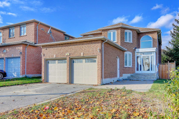 101 Woodriver St, Richmond Hill