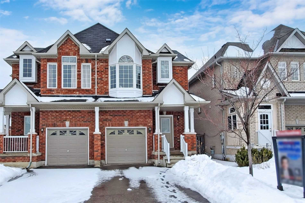 56 Old Orchard Cres, Richmond Hill