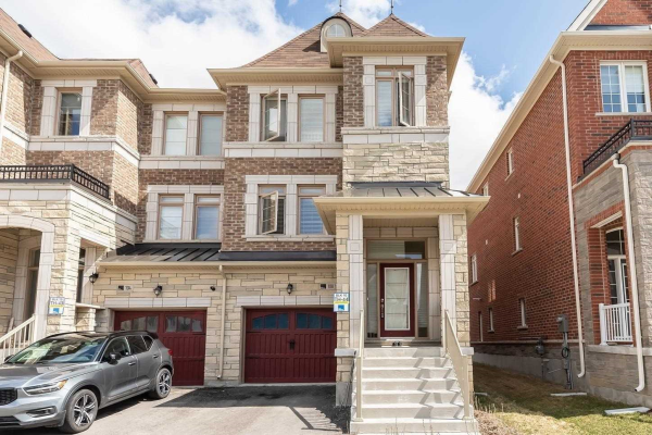 108 Sunset Terr, Vaughan
