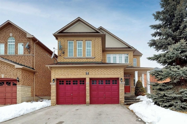 8 Remington Dr, Richmond Hill