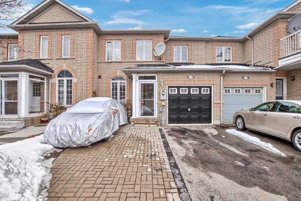 141 Dolce Cres, Vaughan