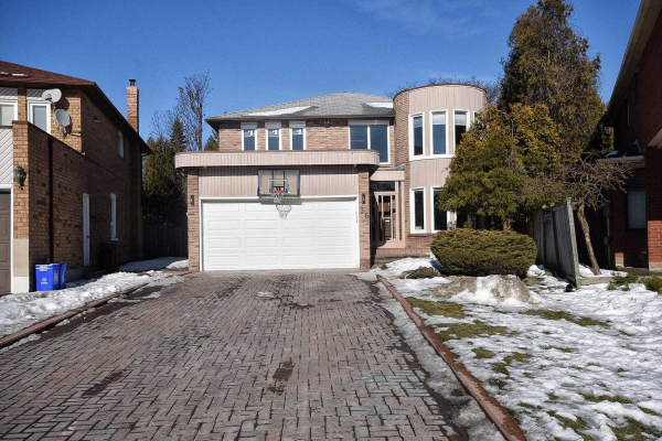 36 Kimbergate Way, Vaughan