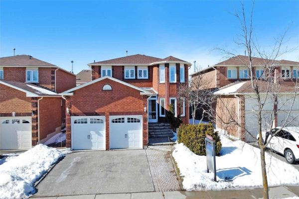 28 Mandel Cres, Richmond Hill