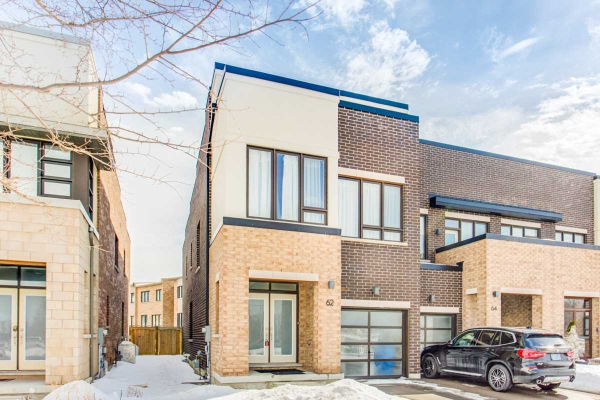 62 Denarius Cres, Richmond Hill