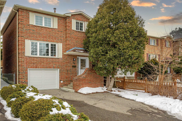 74 Swinton Cres, Vaughan