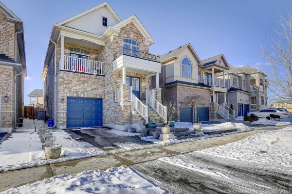 112 Peak Point Blvd, Vaughan