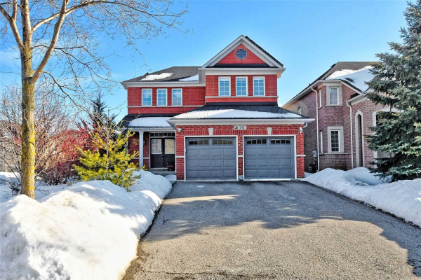 141 Barberry Cres, Richmond Hill