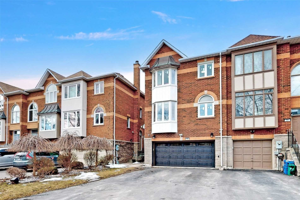 70 Thornway Ave, Vaughan