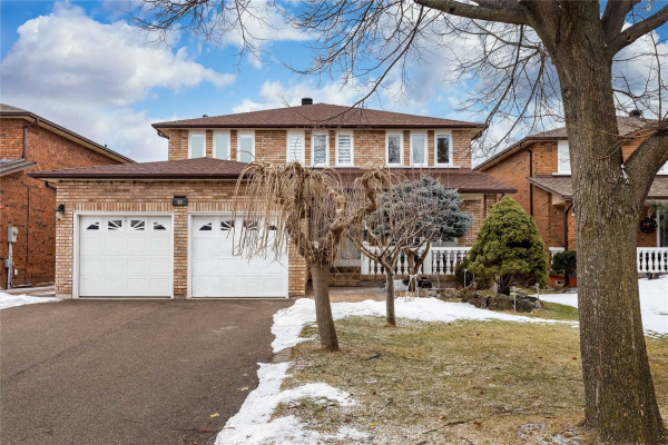 83 Looking Glass Cres, Vaughan