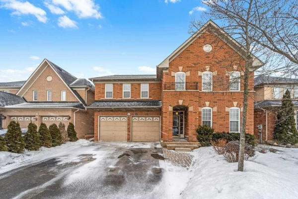87 Skywood Dr, Richmond Hill