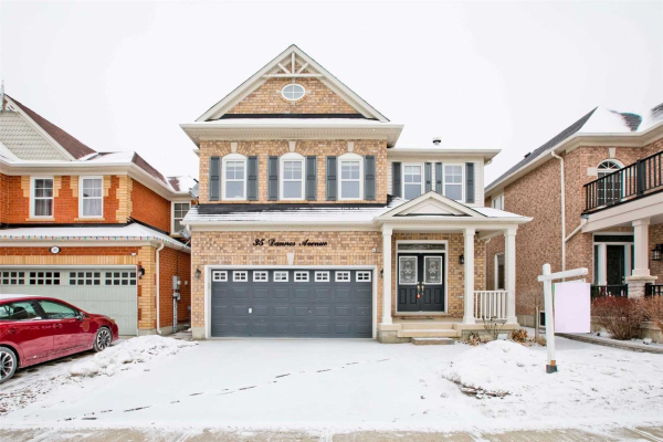 35 Dannor Ave, Whitchurch-Stouffville