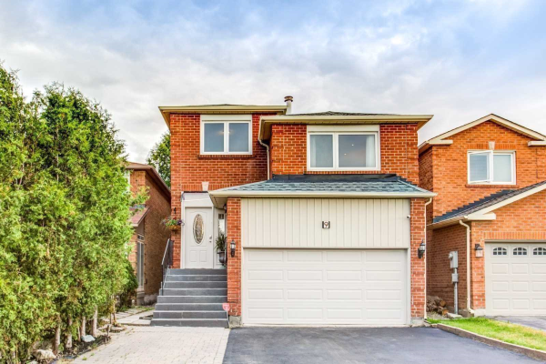 9 Chilmar Cres, Vaughan