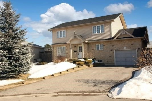 494 Cody Cres, Newmarket