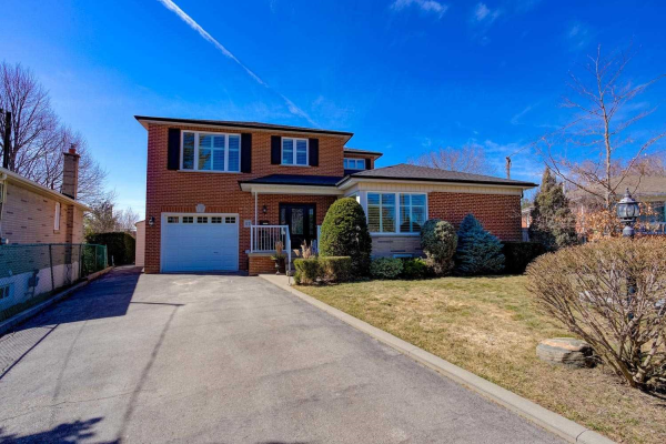 57 Rockport Cres, Richmond Hill
