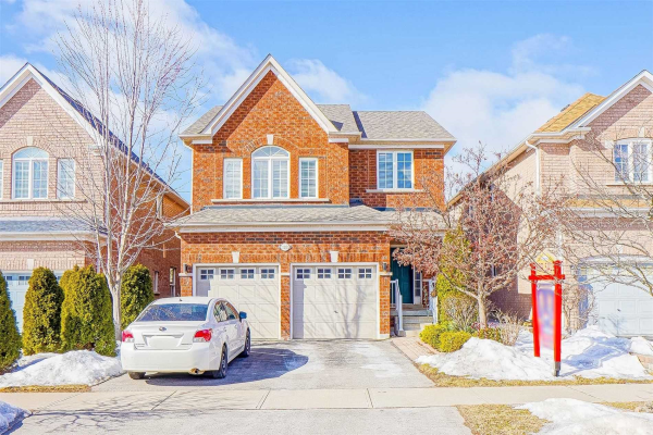 122 Manorheights St, Richmond Hill