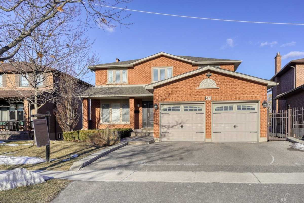 47 Saddle Tree Cres, Vaughan