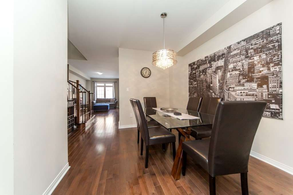 83 Spruce Pine Cres, Vaughan