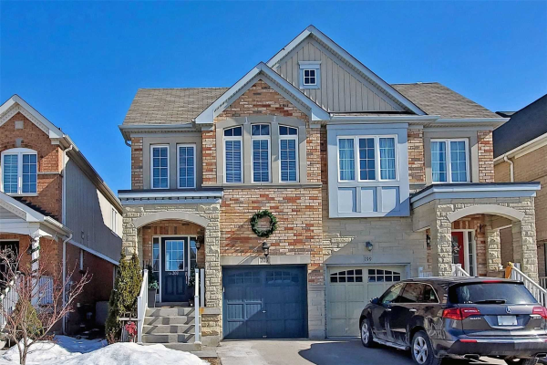 203 Summerlyn Tr, Bradford West Gwillimbury