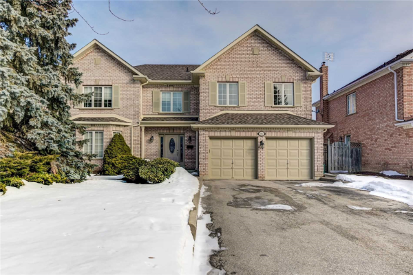 987 Creebridge Cres, Newmarket