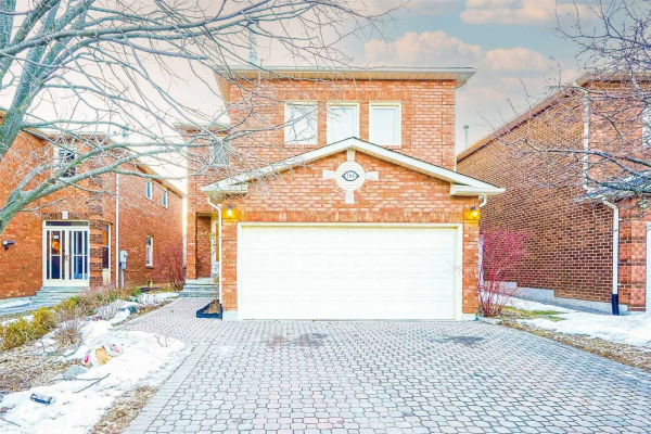 164 Bernard Ave, Richmond Hill