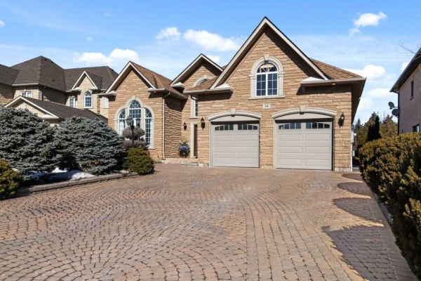 14 Cipriano Crt, Vaughan