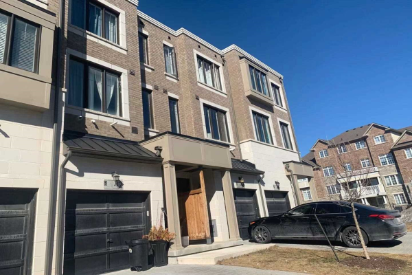 42 Hyderabad Lane, Markham