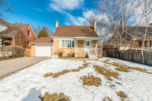 97 Lawrence Ave, Richmond Hill