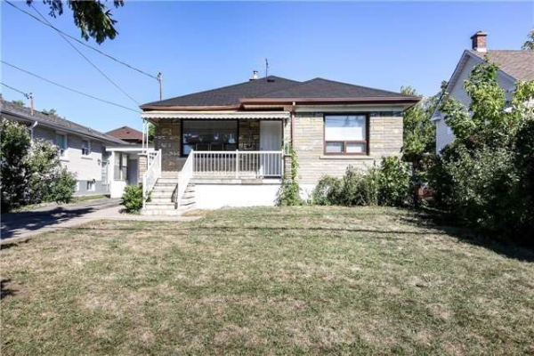 109 Crosby Ave, Richmond Hill