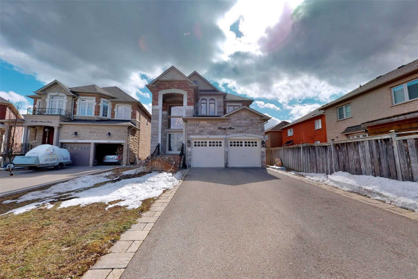 23 San Antonio Crt, Richmond Hill