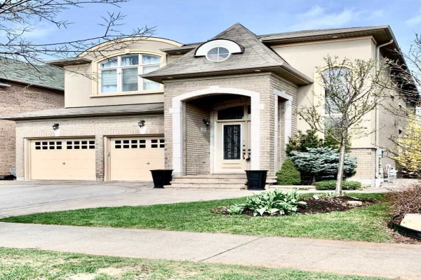 329 Via Romano Blvd, Vaughan