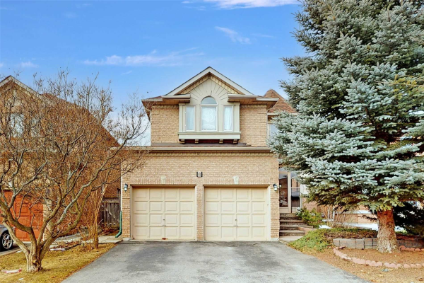 8 Caramel Cres, Richmond Hill