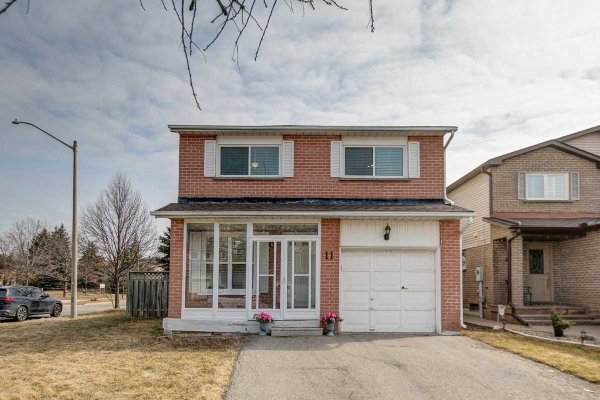 11 Constellation Cres, Richmond Hill