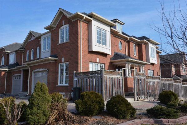 5 Patullo Ave, Richmond Hill