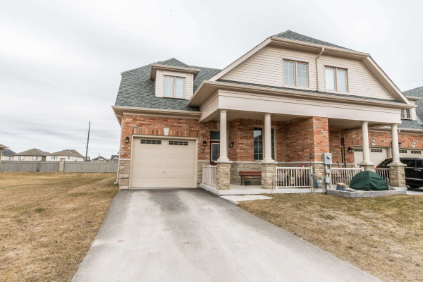 83 Kingsmere Cres, New Tecumseth