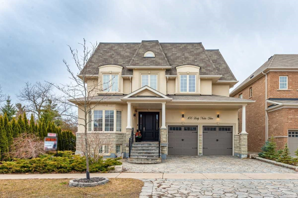 105 Lady Nadia Dr, Vaughan
