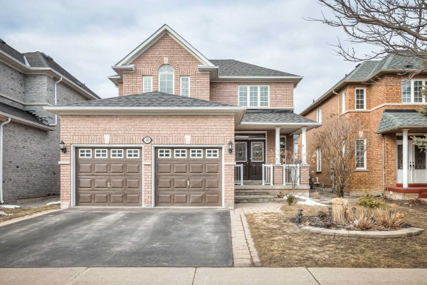 20 Blackbird Cres, Richmond Hill
