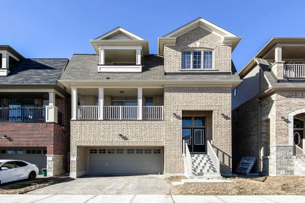 10 Buttonleaf Cres, Whitchurch-Stouffville